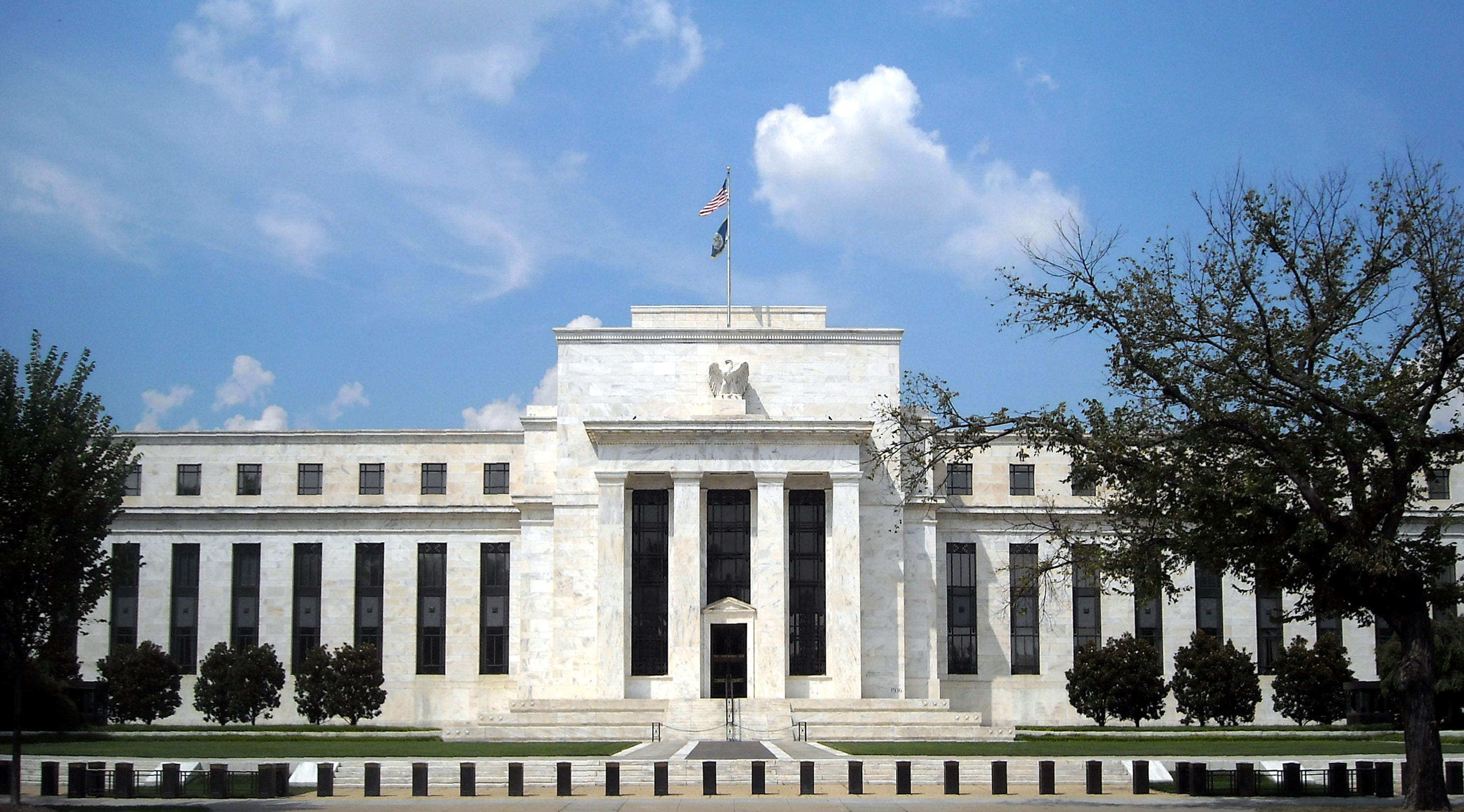 Bitcoin Vs Federal Reserve, Which is Safer?