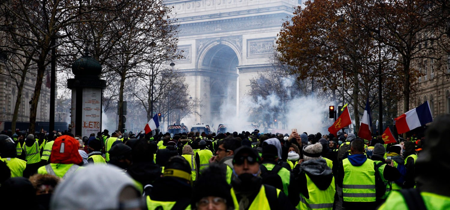 France's Yellow Vest Bank Run: Could it be Bullish for Bitcoin?