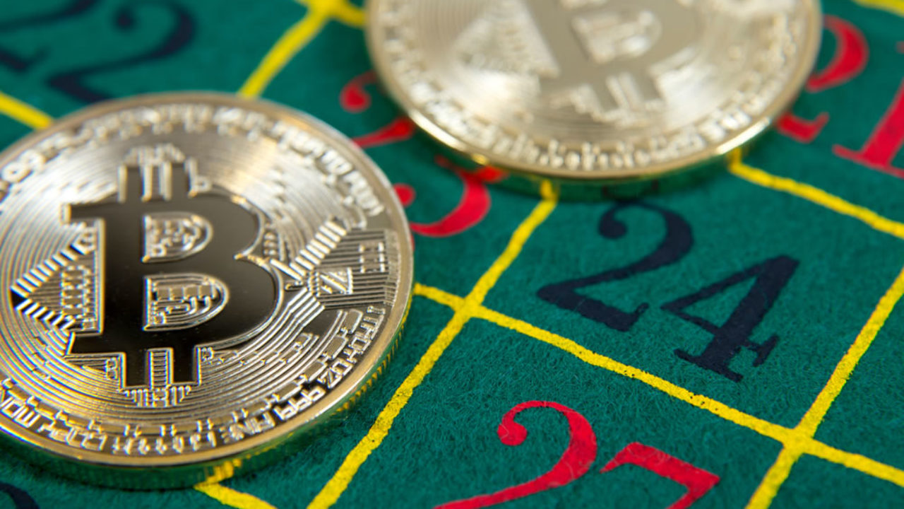 Traders Bet 1 BTC on Bitcoin Plunging to $1,500 Before Rising to