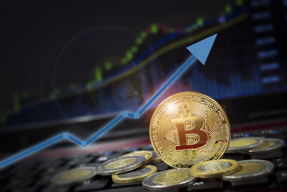 Bitcoin: After Surging Past Resistance at $8k, Analysts Expect BTC to Continue Surging Higher