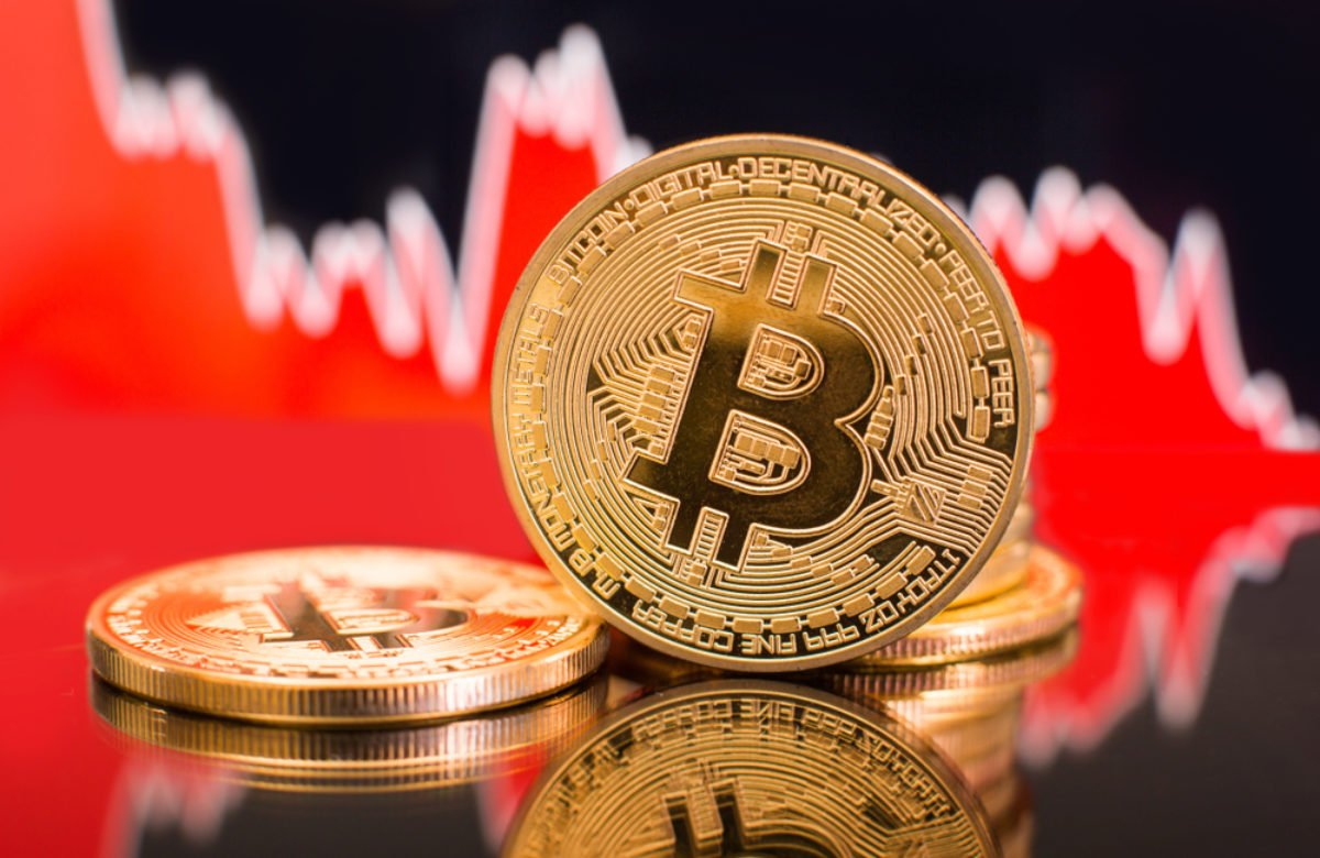 Analysts Believe Bitcoin is on The Path to $7,600 As 2018 Bear Market Fractal Continues to Unfold