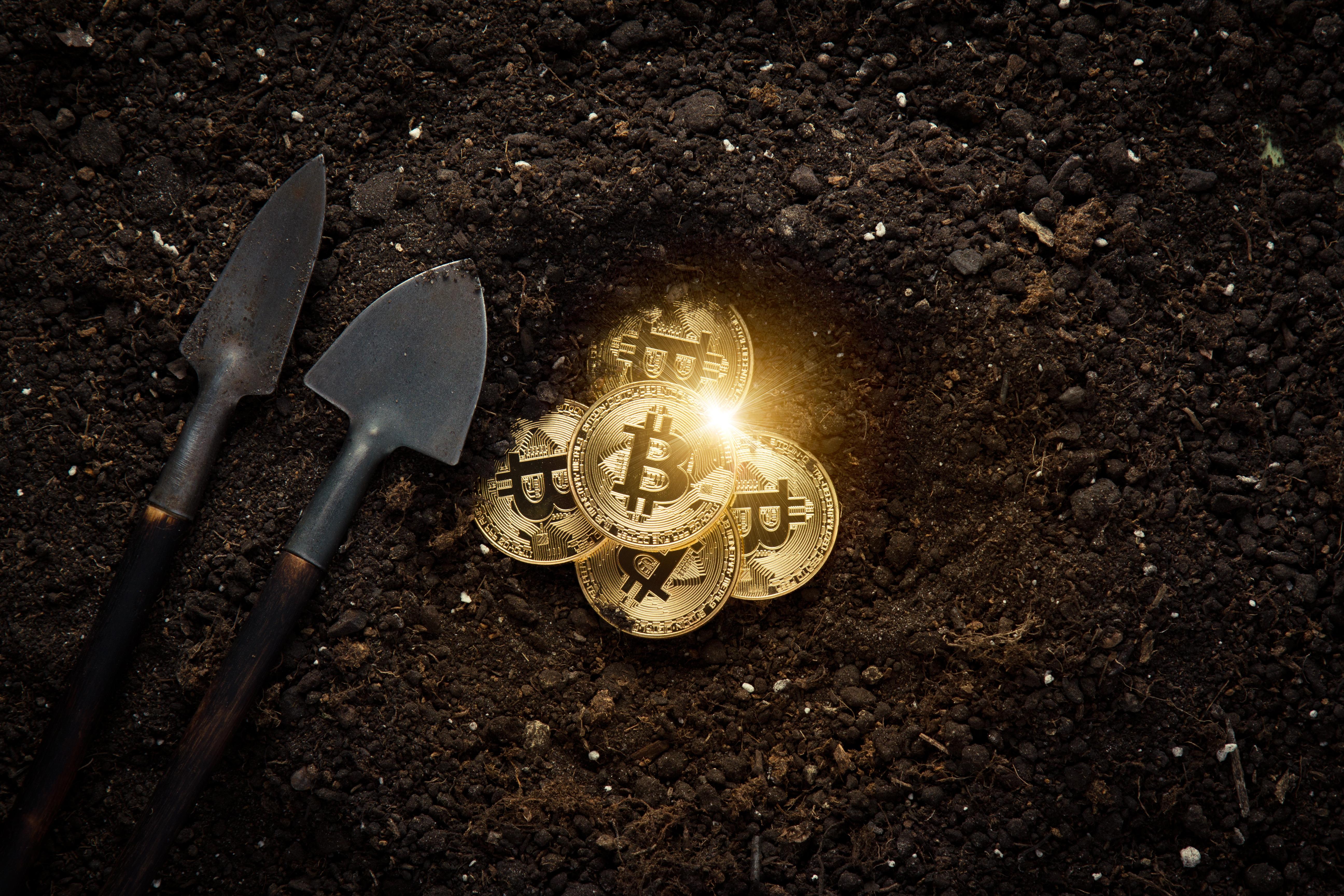 Two Bitcoin Mining Startups Merge to Work on World's Biggest Mining Facility | NewsBTC