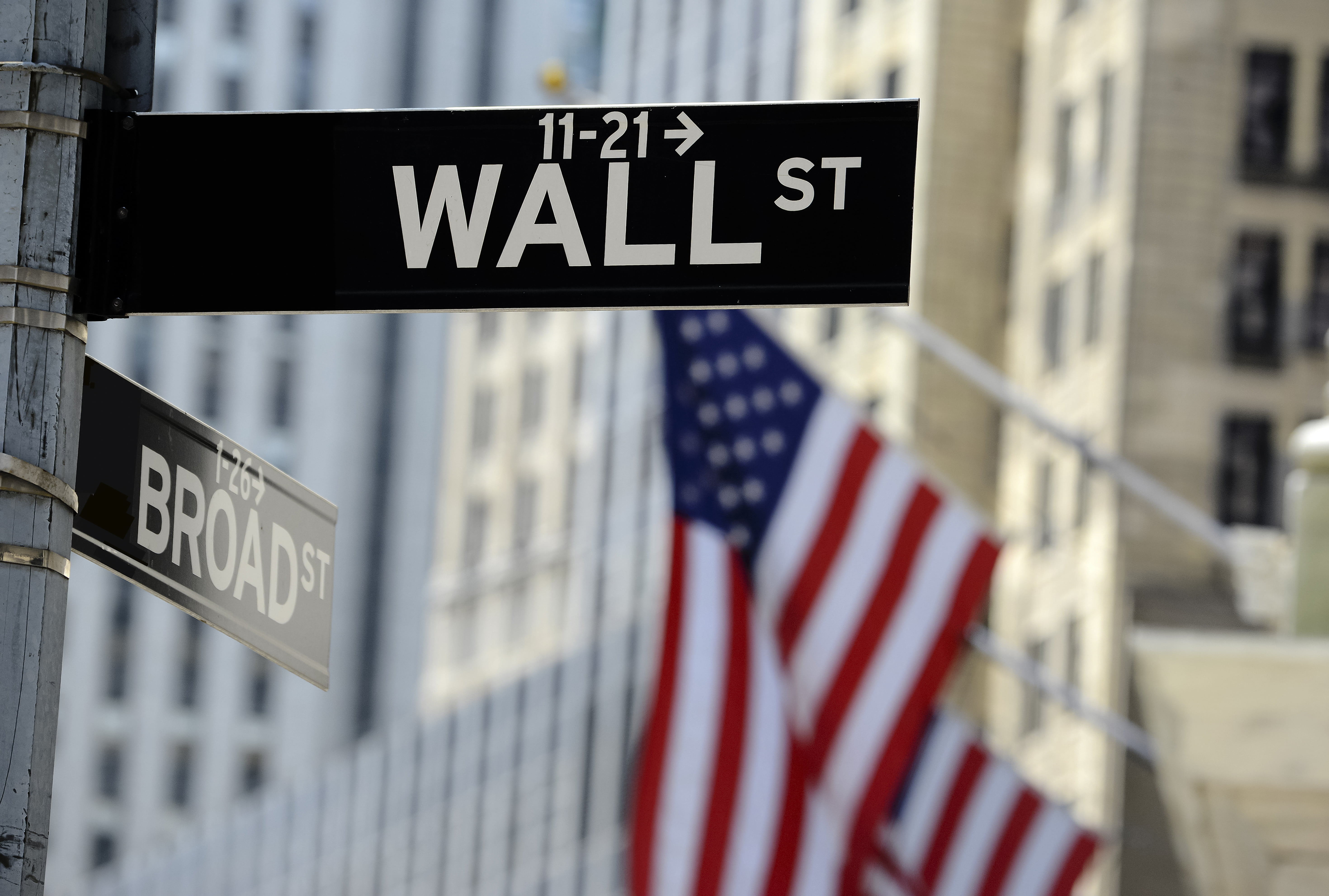 Bitcoin and Wall Street have opposing philosophies