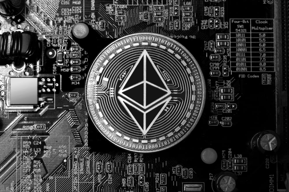 Ethereum's Bollinger Bands Signal That a Massive Movement is Imminent