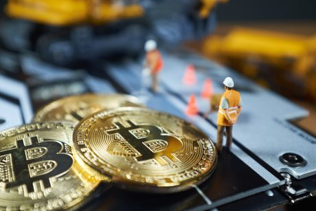 Bitcoin Hashrate Nosedives as Chinese Miners Move On