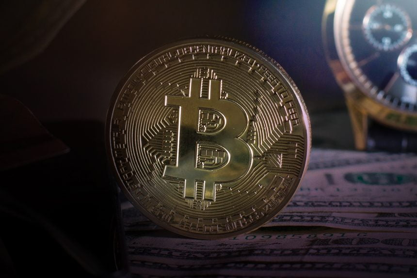 Dollar, Divergences, & More: Here's Why Bitcoin Could Soon Bounce
