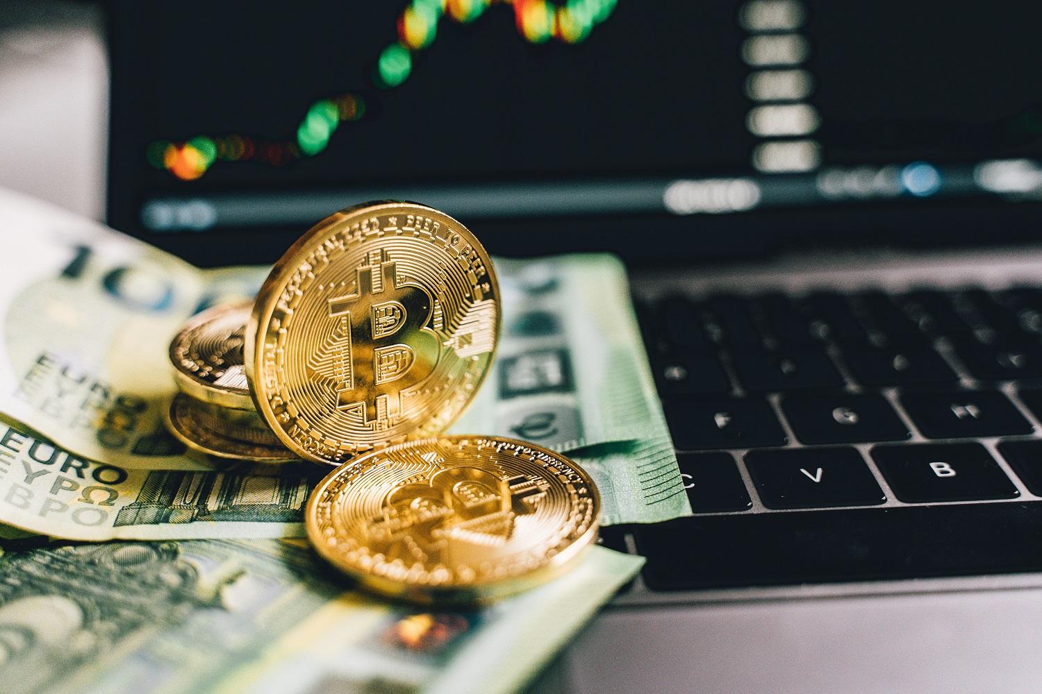 """Bitcoin Fundamental Expert Claims Adoption Metrics """"Look Awful"""""""