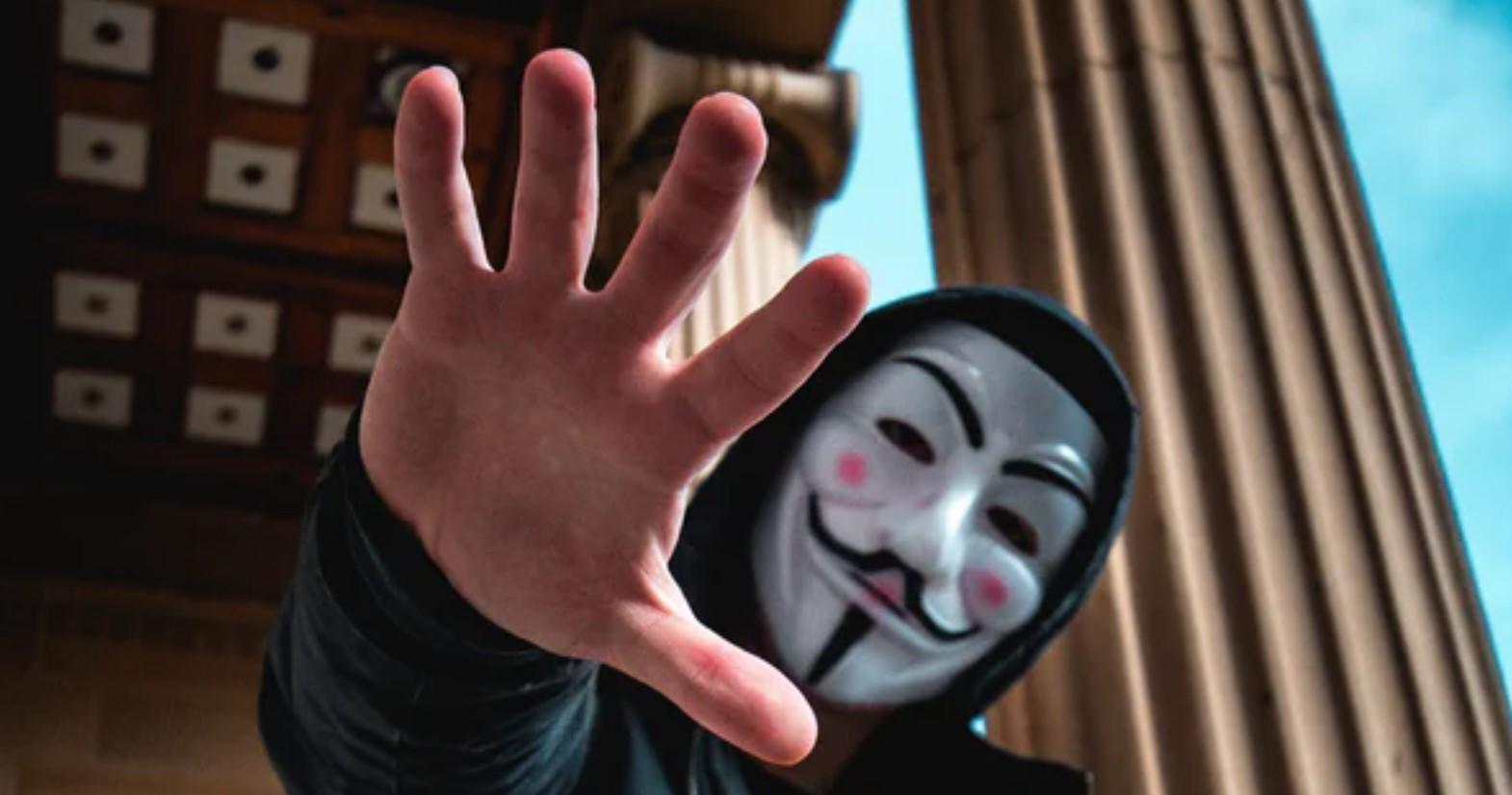 Poly DeFi Hacker