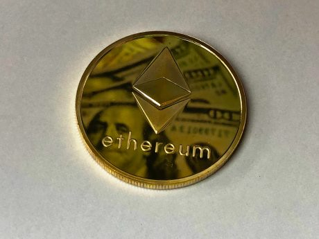 Chief Market Strategist Watching Possible W-Bottom Formation In Ethereum