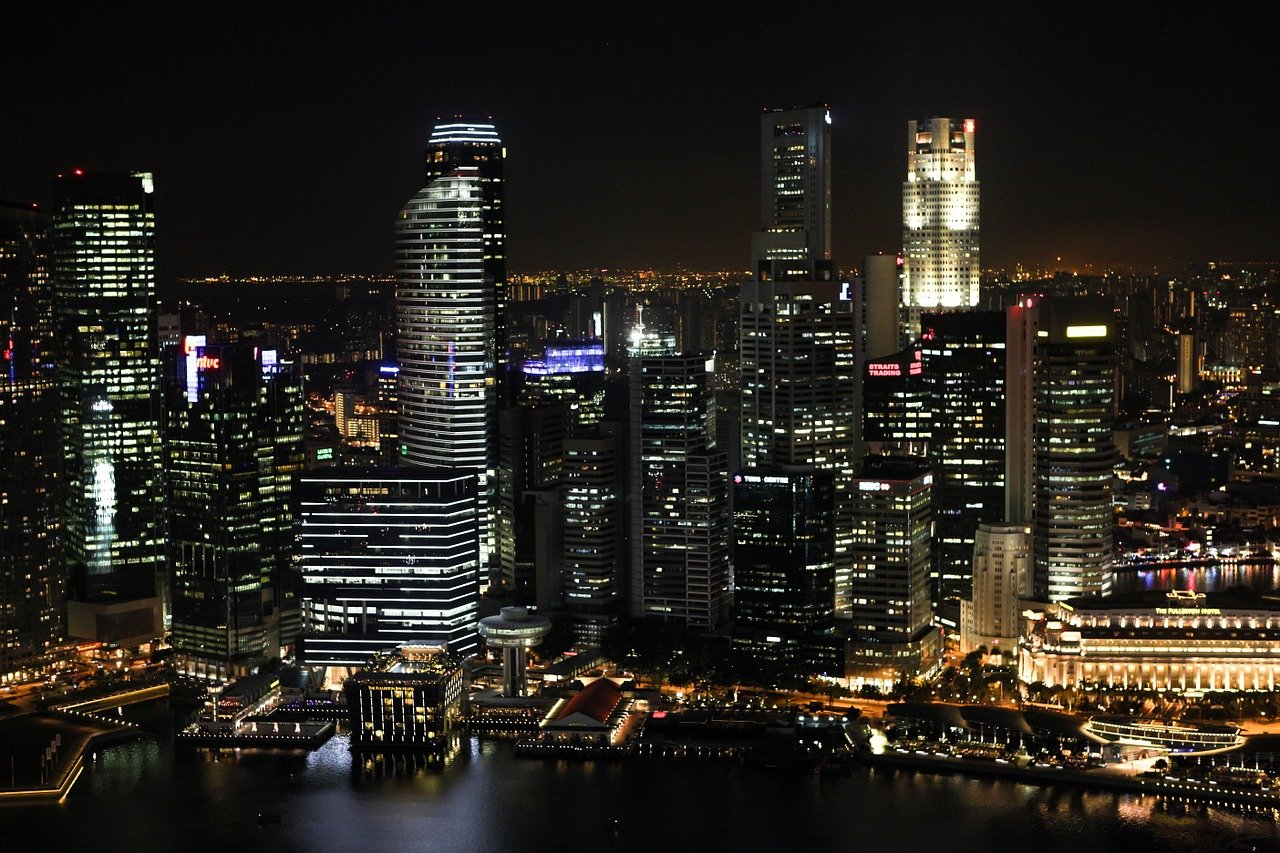 Singapore Central Bank Selects 15 Firms For Retailing CBDC