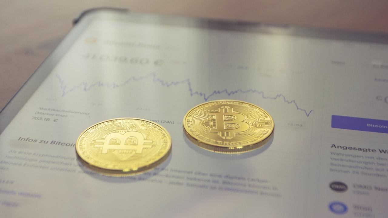 "As SEC Lawsuit Looms, Coinbase CEO Describes The Agency's Behavior As ""Sketchy"""